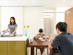 変形地でも快適に過ごせる家づくりを考えた工夫が満載です