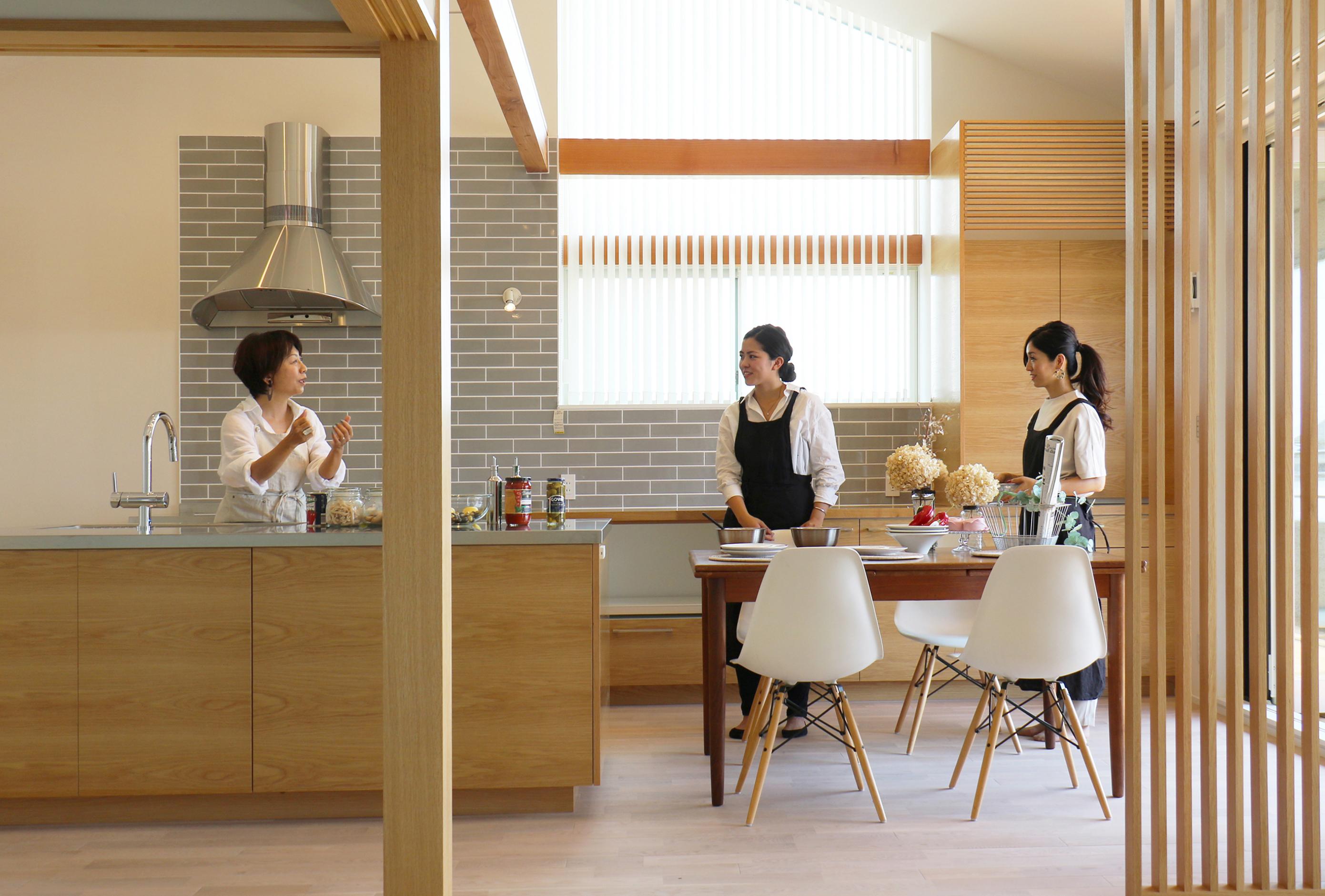 キッチンスタジオのある二世帯住宅